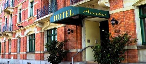 Mitten Im Urbanen Leben Der Dresdner Neustadt Liegt Das Privat Geführte Hotel Amadeus Dresden